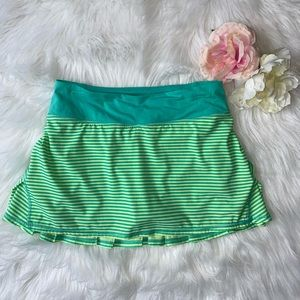 Lululemon Athletica women's tennis skirt size 4.